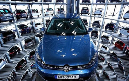 VW Profit Tumbles 20% in Wake of Emissions Scandal