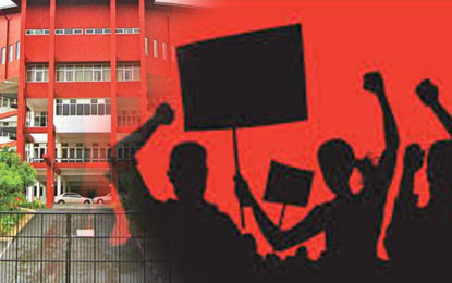 GMOA & Anti-SAITM People's Barricade Poised to Island Wide Strike on 21st