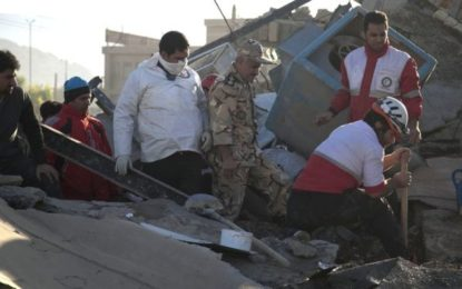 Iran Quake Survivors Endure Second Night Without Shelter