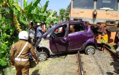 Cab Train Collision Costs One Life in Negombo