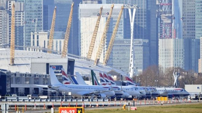World War II Bomb Removed From London City Airport, Hundreds of Flights Cancelled