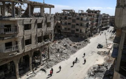 Eastern Ghouta: Syrian army splits enclave in three, reports say