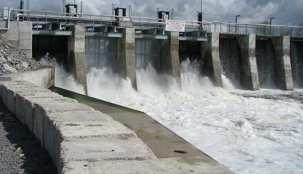 6 Spill Gates of Deduru Oya Reservoir Opened