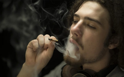 Smoking Pot Before 15 May Up Drug Problem Risk Later