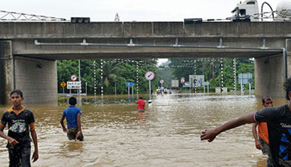 Floods Caused Closure of Kaduwela Interchange