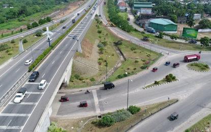 Restricted Traffic on the New Kelani Bridge