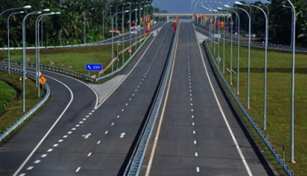 China Approves USD 1 Billion for Central Expressway - FAST NEWS