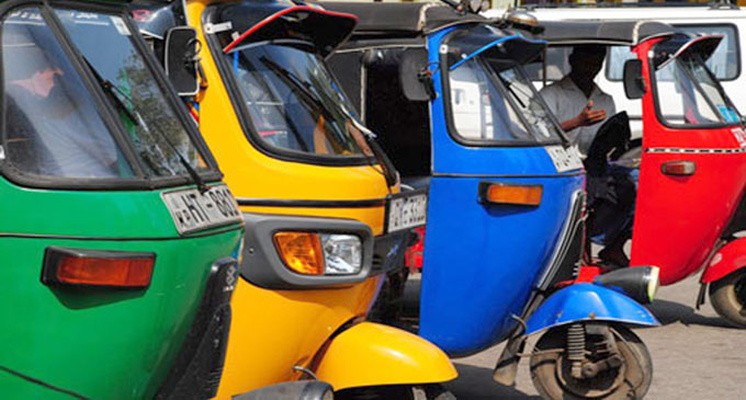 Three-wheeler fare reduce by Rs. 10 from Monday