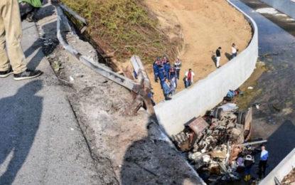 Migrant lorry crash kills 22 in Turkey