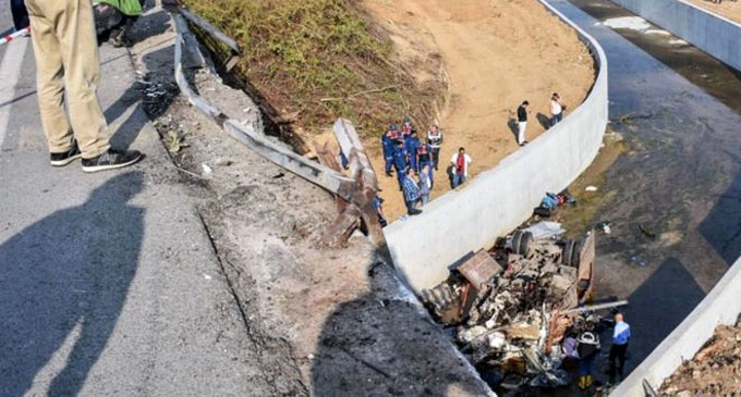 Migrant lorry crash kills 22 in Turkey