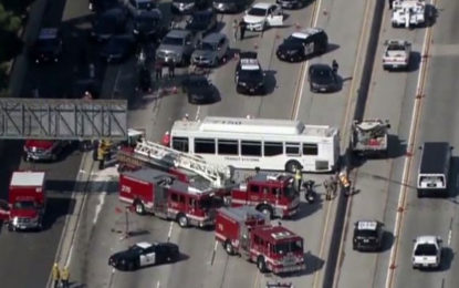 25 hospitalized, 5 serious, after Los Angeles highway crash