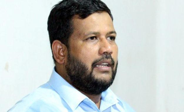 ACMC Leader Rishad Bathiudeen left for Mecca