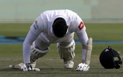 Hamstrung Sri Lankan run maker misses out as Test squad named