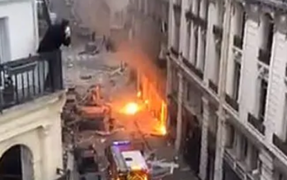Paris explosion: 'Multiple injuries' after massive blast destroys buildings in French capital
