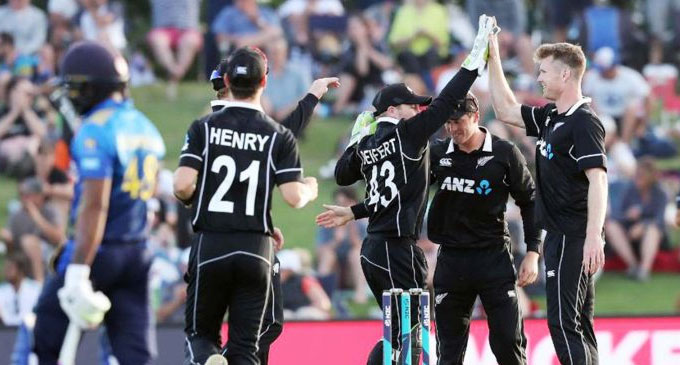 New Zealand beat Sri Lanka by 35 runs