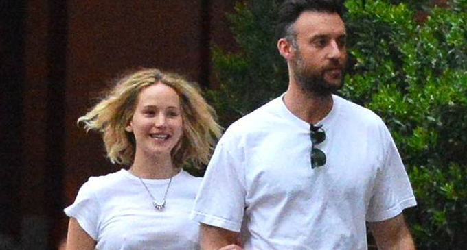 Jennifer Lawrence is engaged to boyfriend Cooke Maroney