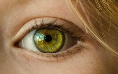 Adhesive gel to repair eye injury without surgery