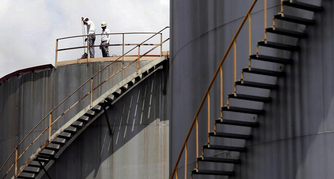 Sri Lanka says Oman Oil still keen on refinery project