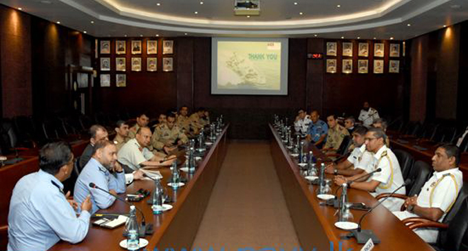 Pakistan NDU delegation and Lankan Naval Officers hold talks on matters of mutual interest