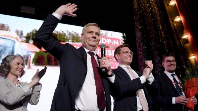 Finland election: Tough coalition talks after split poll