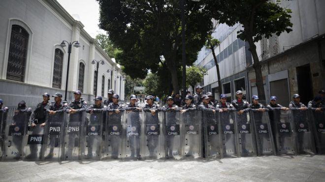 More Venezuelan lawmakers accused of treason