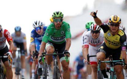 Groenewegen wins stage 7 of Tour de France
