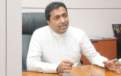 Govt Moves to Insure All Srilankan Students