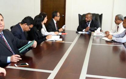 Rishad  Negotiates With Ambassadors For Urgent Import of Rice