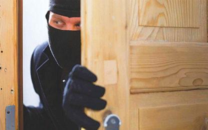 Robber Returned Goods He Robbed