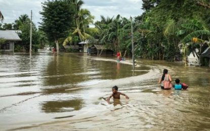 Tropical Storm Tembin: Philippines Rescuers Seek Victims
