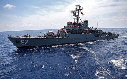 Iran Naval Flotilla Docks at Colombo Port