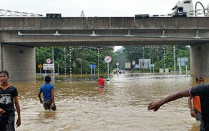 Floods Caused Closure of Kaduwela Interchange