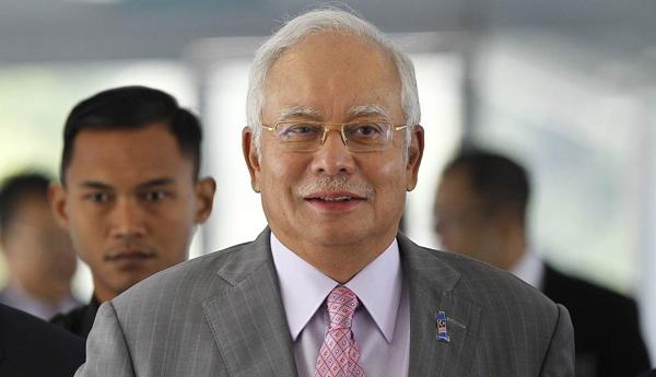 Malaysia Seizes Luxury Bags, Cash, Jewelry in Probe of Former PM Najib Razak