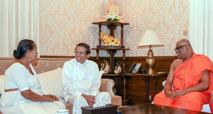Gnanasara Thero meets President