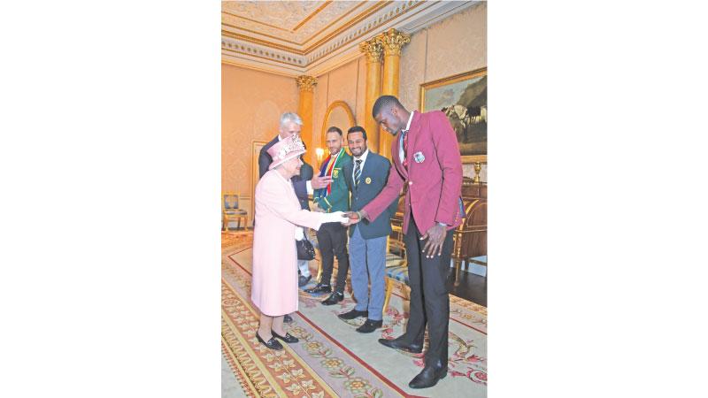Queen Elizabeth meets cricket captains
