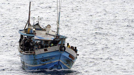 Navy apprehends 3 Indian fishermen for poaching in Lankan waters