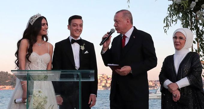 Turkey's Erdogan is Mesut Ozil's best man