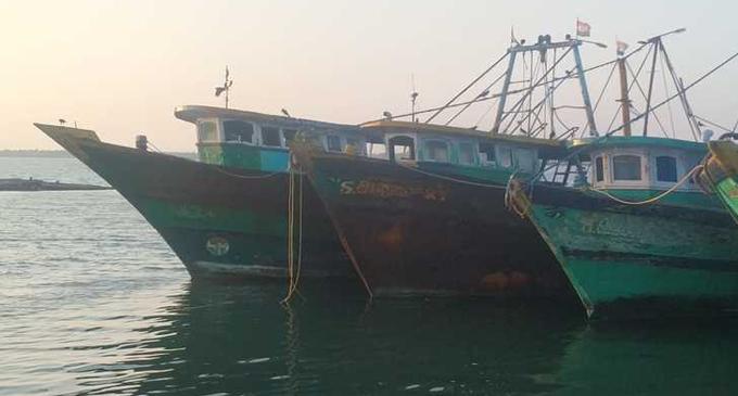 Twenty Lankan fisher boats Maldives bound