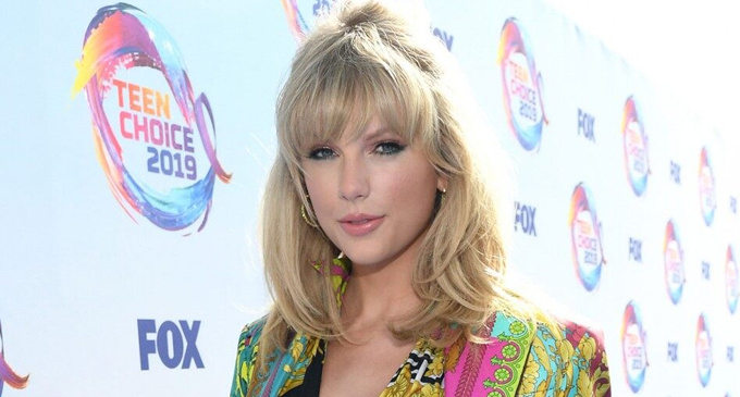 Teen Choice Awards: Taylor Swift talks about 'Gender Inequality' in her acceptance speech