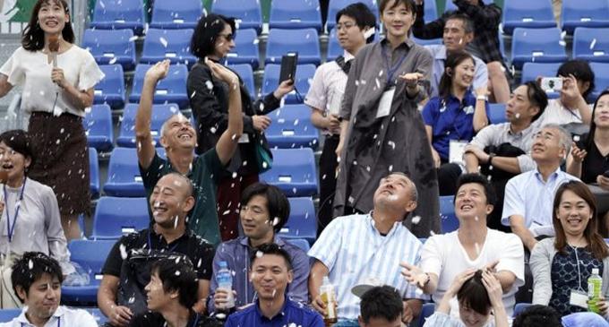 Tokyo 2020 Olympics organisers test snow machine to beat the heat