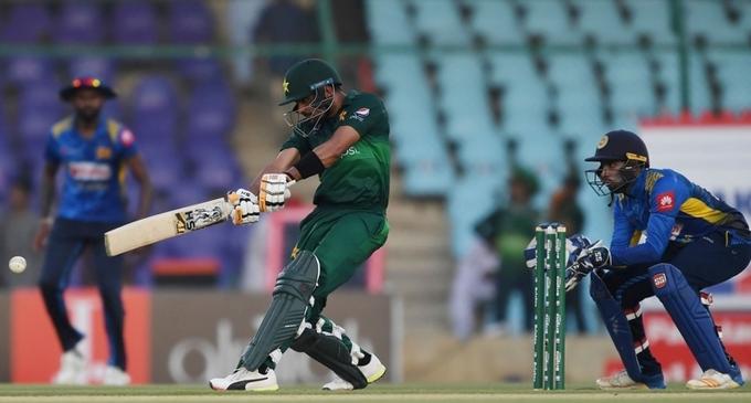 Pakistan beat Sri Lanka in historic Karachi ODI, take series lead