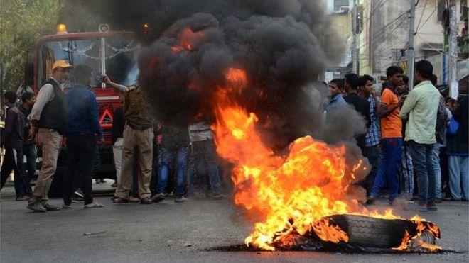 Citizenship Amendment Bill: India parliament approves controversial law