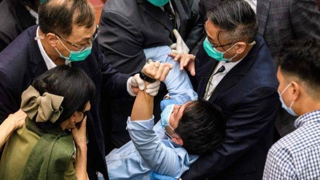 NPC: China moves to impose controversial Hong Kong security law