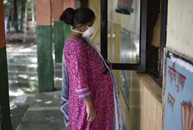 Delhi to survey 29 million residents as cases surge