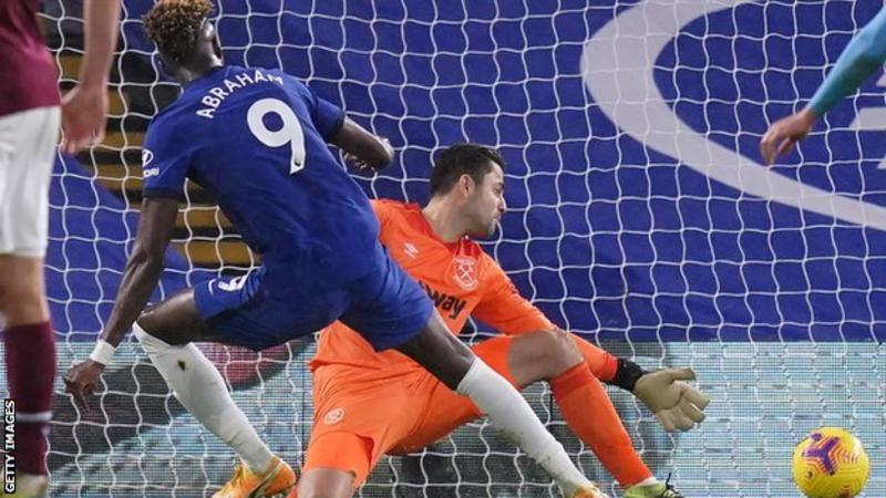 Abraham scores twice as Chelsea beat Hammers