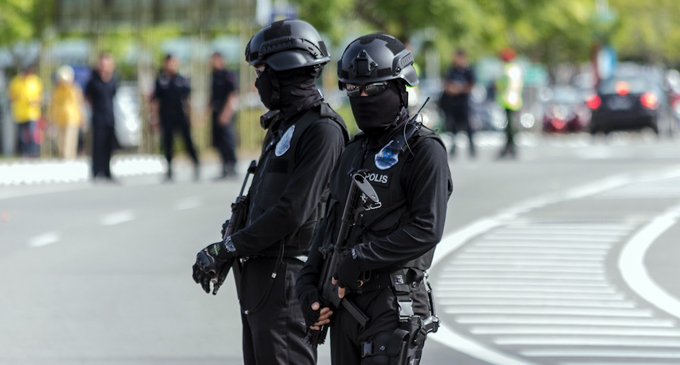 Malaysian Police hunt for LTTE Commander