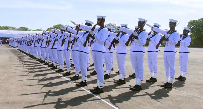 Over 1,790 Navy Personnel promoted
