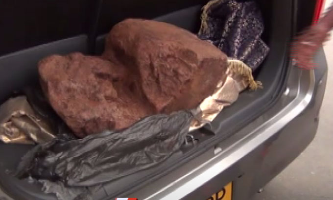 18 kgs of ambergris seized in Tissamaharama