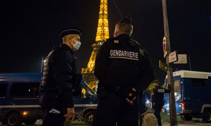 COVID 19 : France introduces 6pm curfew in hard-hit areas