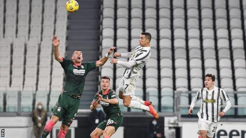 Ronaldo scores 2 headers in Juve win